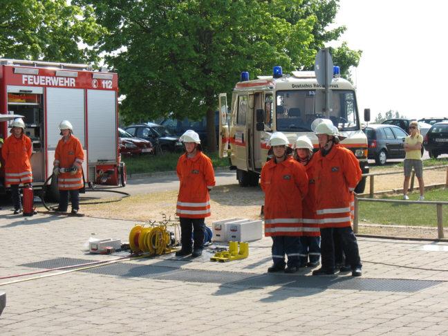 Schauübung bei der Gewerbeschau in Staig/Altheim